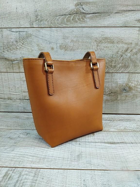 Женская кожаная сумка L02120